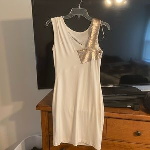BNWT Jennifer Lopez sheath dress
